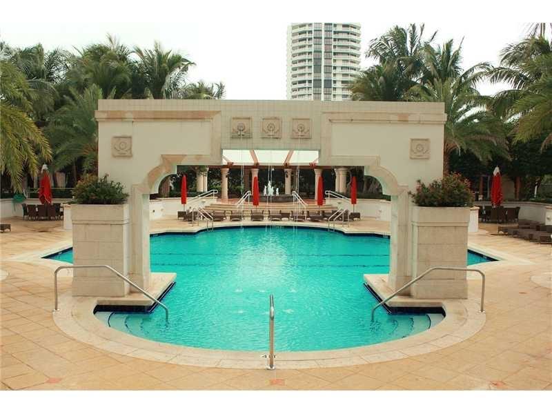 2600 pool